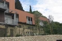 Rivestimento di facciata su casa in alluminio